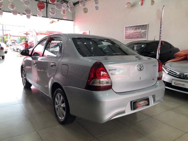 Etios X Plus Sedan 1.5 Aut.