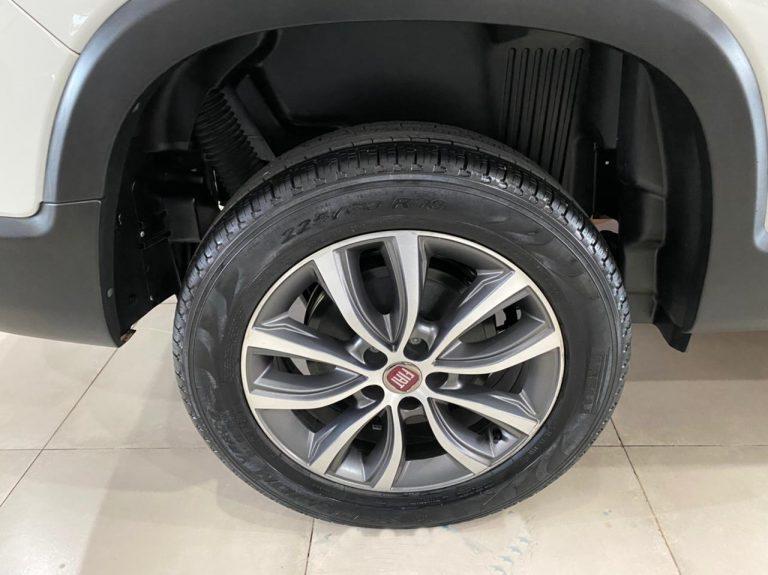 Toro Volcano 2.0 16V 4×4 TB Diesel Aut.
