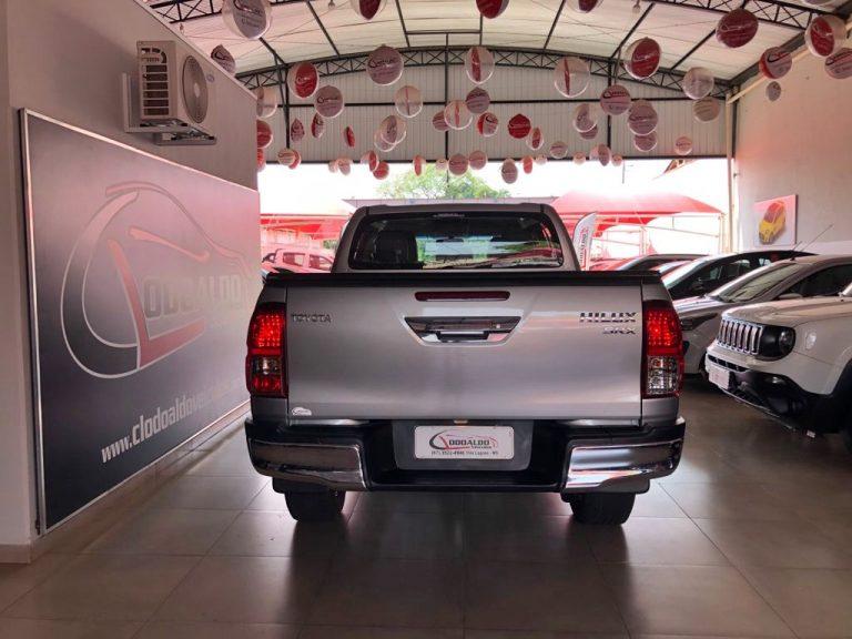 Hilux CD SRX 4×4 2.8 TDI 16V Diesel Aut.